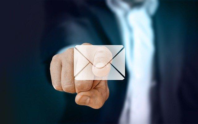 ik en wij in zakelijke e-mails